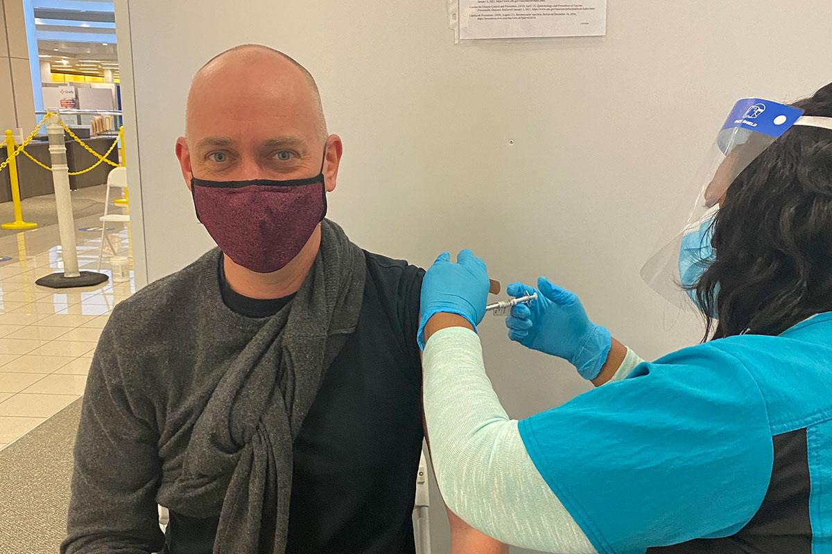 Ron-Vaccine-1200-800